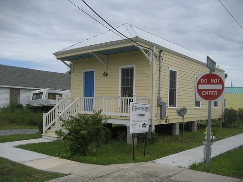 Katrina cottages spark tiny house movement green for Katrina cottages prices