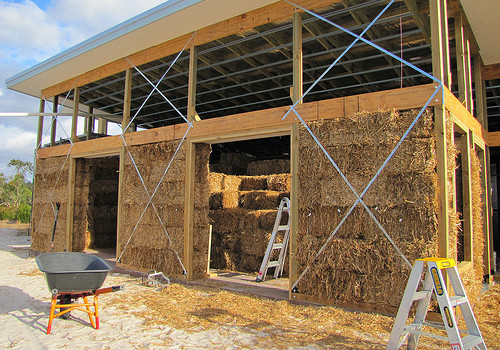 Straw bales in western australia green building elements for Straw bale house cost per square foot