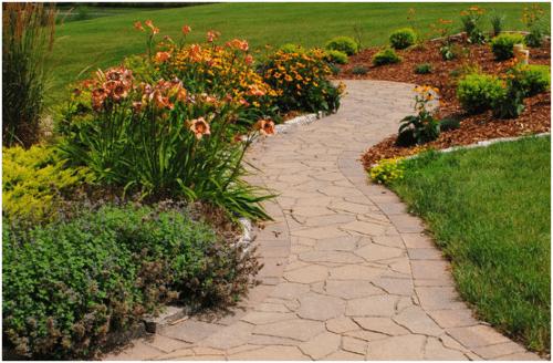 Lee's Landscaping walkway