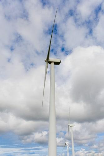 wind energy shutterstock_127681457