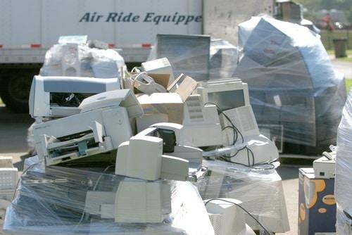 e-waste shutterstock_11574646