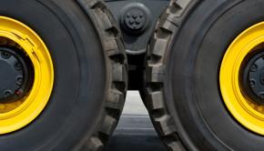 tire closeup shutterstock_128334125