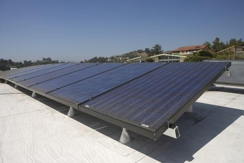 rooftop solar shutterstock_149282387