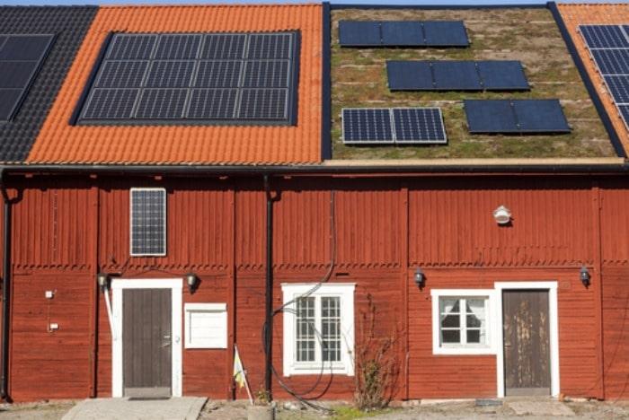 solar panels 2 on roof shutterstock_169090847
