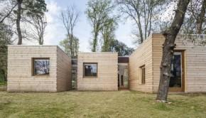Bioclimatic prefab house exterior