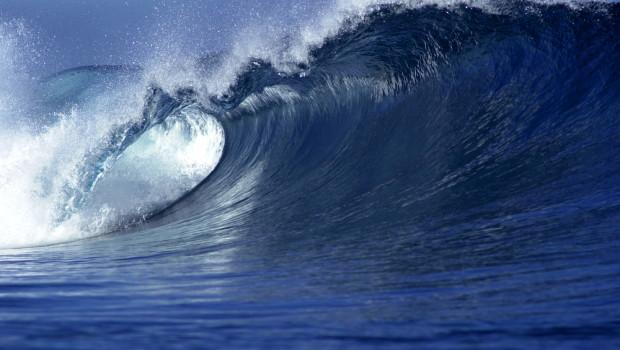 ocean waves provide continuous renewable energy