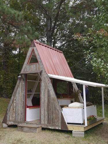 A-frame-tiny-house-1-lgn