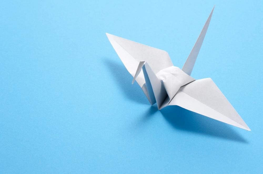 origami crane shutterstock_152206466