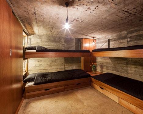 B-ILD-Nieuwe-Hollandes-Waterlinie-bunker-Tim-van-der-Velde_dezeen_468_8