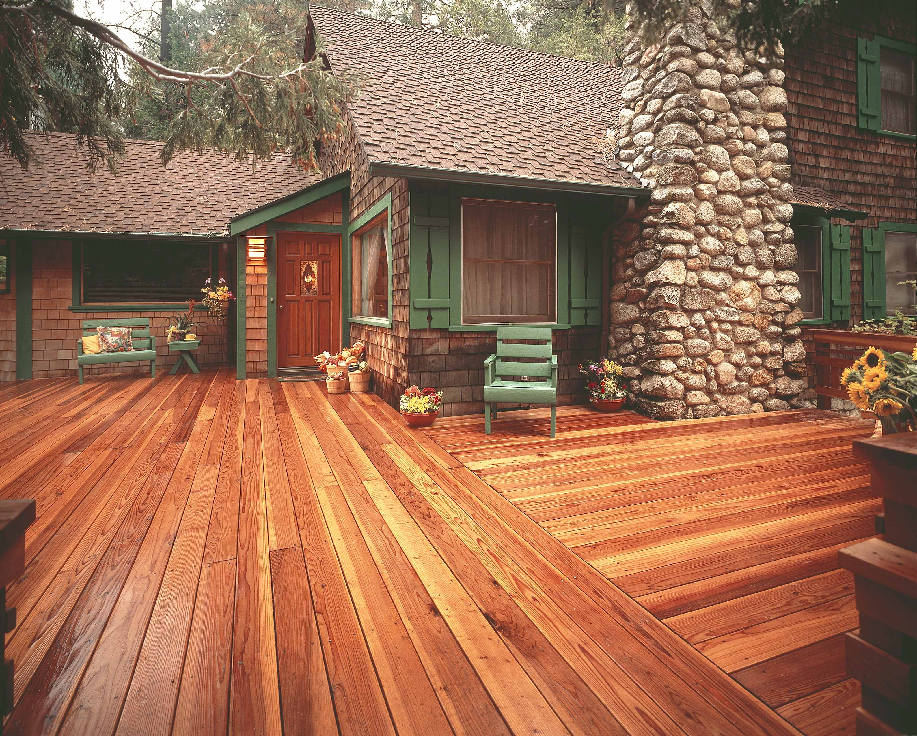 Refinishing redwood decking