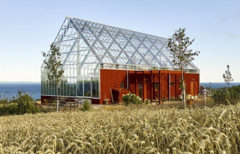 Sustainable house makes food not waste for Sustainable living home designs