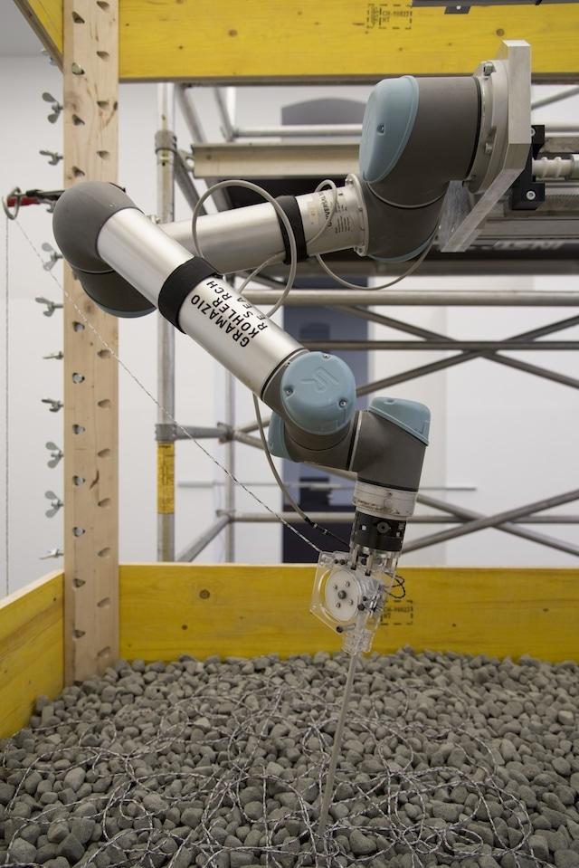 3-D extruder makes reversible concrete