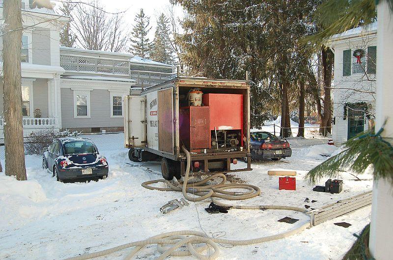 800px-insulation_truck