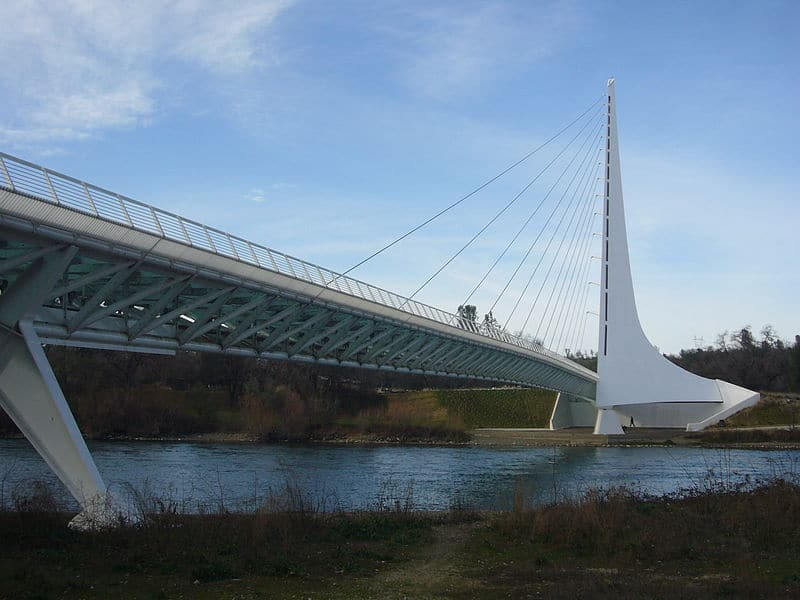 Calatrava Sundial Bridge at Turtle Bay in Redding California, Credit: Wikipedia commons